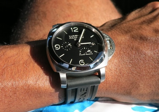 replica Panerai Luminor PAM321